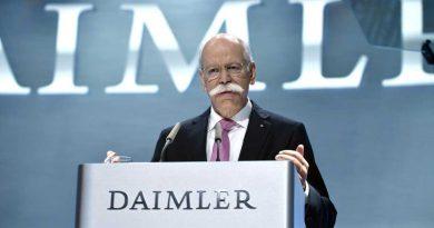 Retired Daimler Boss Dieter Zetsche Praises Tesla With Caveats