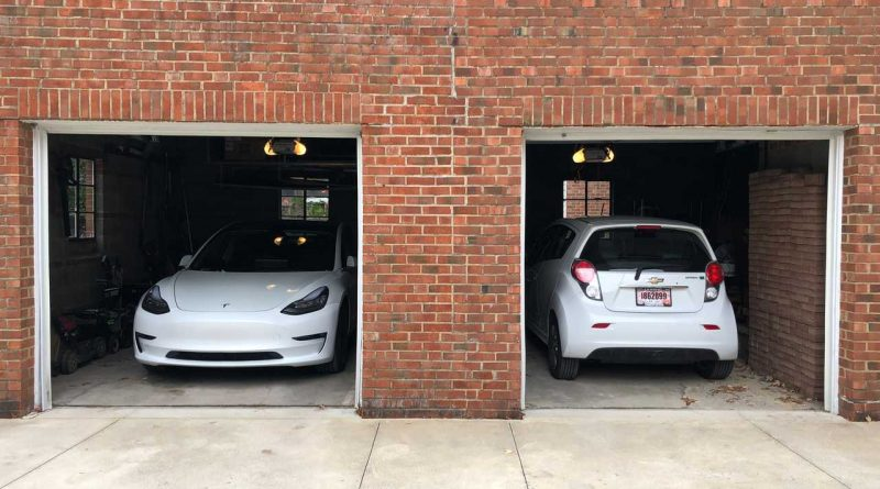 How To Charge Two Electric Cars At Home   AutoMotoBuzz.com